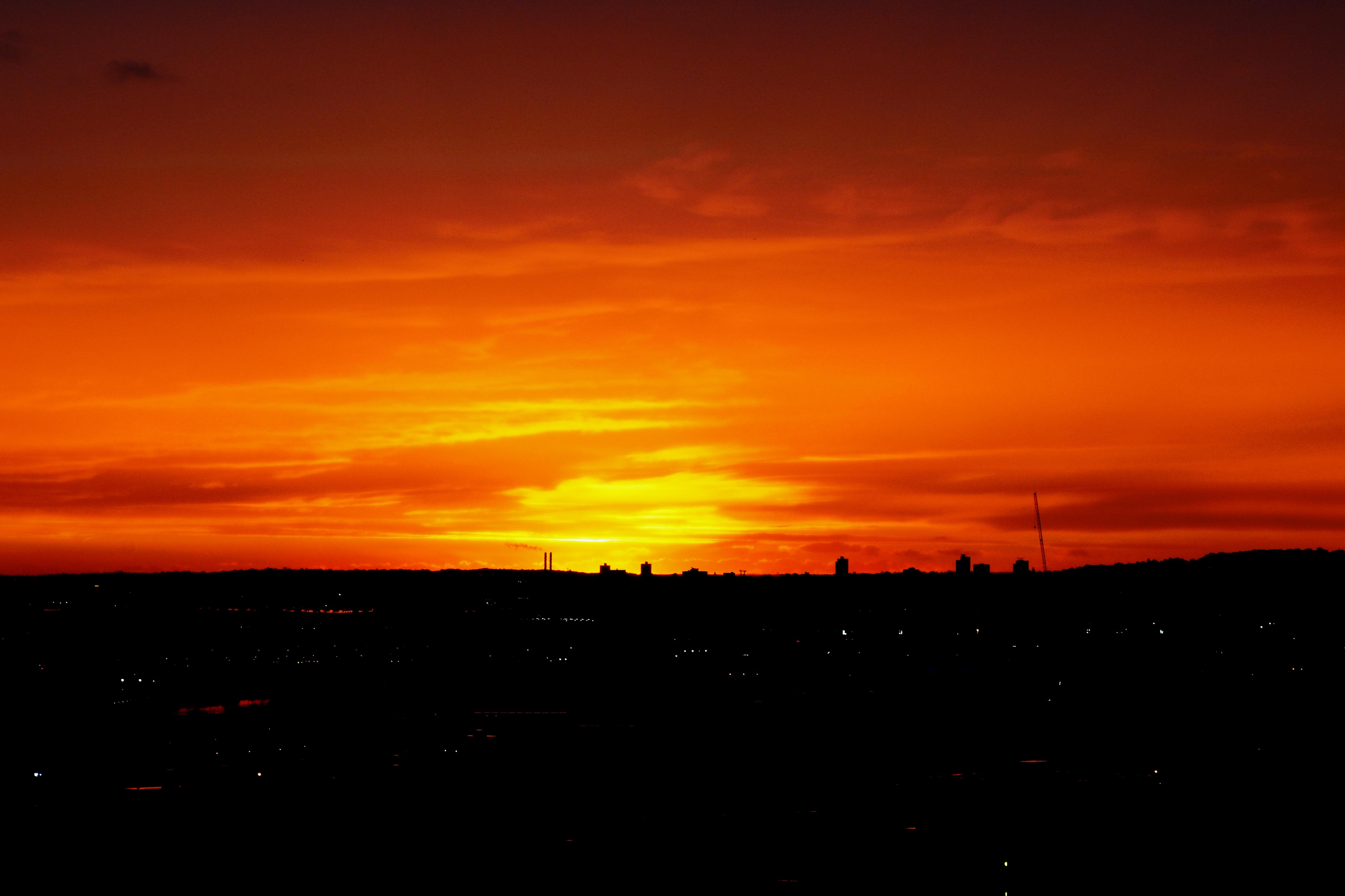 Sunrise, Evening and Sunset | UK OnLine In Poplar