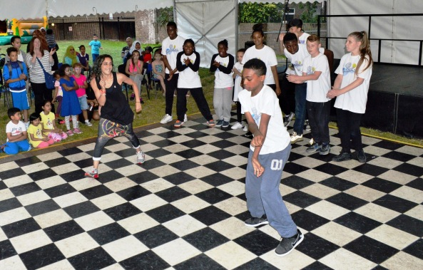 Linc Fete 2015 - Embrace Dance 2