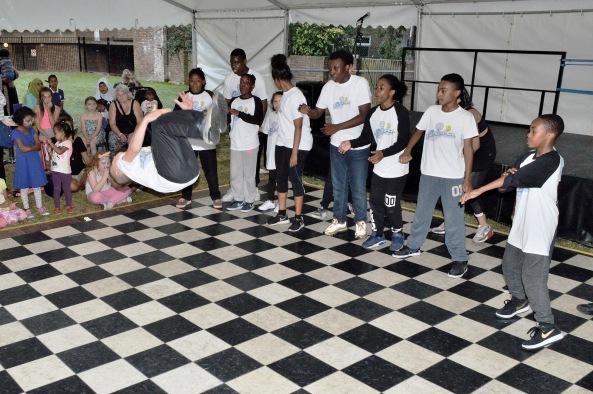 Linc Fete 2015 - Embrace Dance 4